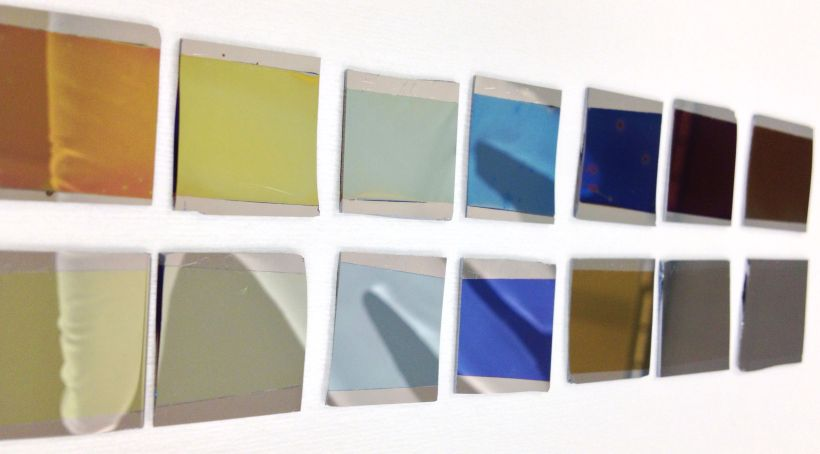 Coloured thin films